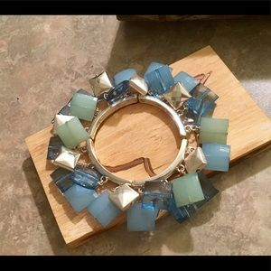 Jewelry - Beautiful Shades of Blue Resin Beaded Bracelet
